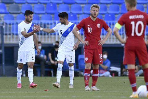 Οι παίκτες της Εθνικής Ελλάδας πανηγυρίζουν το 2-0 κόντρα στην Νορβηγία σε διεθνές φιλικό (6 Ιουνίου 2021)
