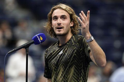 Ο Στέφανος Τσιτσιπάς στις δηλώσεις του στο κορτ μετά την πρόκριση στον 3ο γύρο του US Open