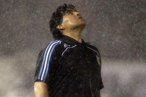 Ο Μαραντόνα κατά τη θητεία του στον πάγκο της εθνικής Αργεντινής