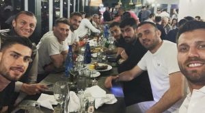 """Ολυμπιακός: Video από το οικογενειακό δείπνο των """"ερυθρόλευκων"""""""