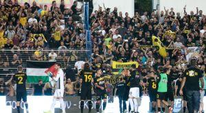 ΑΕΚ: Χαμός κατά την επιστροφή της ΑΕΚ από το Αγρίνιο