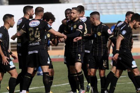 Οι παίκτες του Εργοτέλη πανηγυρίζουν το γκολ επί του Απόλλωνα Λάρισας