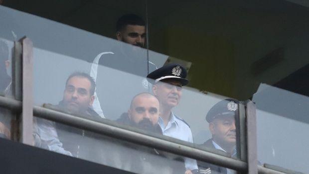 Άρης - ΠΑΟΚ: Ισχυρή αστυνομική προστασία στον Γιώργο Σαββίδη