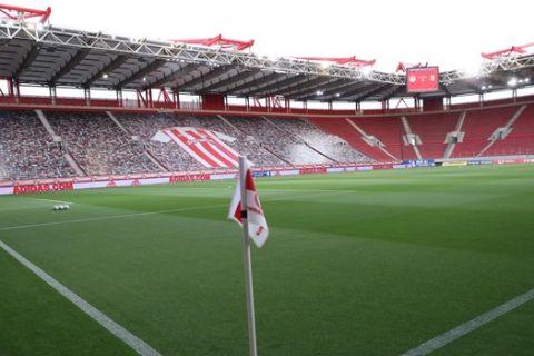 Η έδρα του Ολυμπιακού, το Γεώργιος Καραϊσκάκης πριν από αγώνα για τα playoffs της Super League Interwetten.