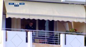 Ατρόμητος – Λαμία: Οπαδός της ΑΕΚ είδε το ματς από το μπαλκόνι του