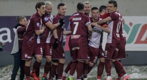 """ΑΕΛ – Απόλλων Σμύρνης 3-0: Οι """"βυσσινί"""" βύθισαν και άλλο την """"Ελαφρά Ταξιαρχία"""""""