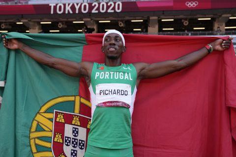 Ο Πέδρο Πικάρντο στο τριπλούν των Ολυμπιακών Αγώνων