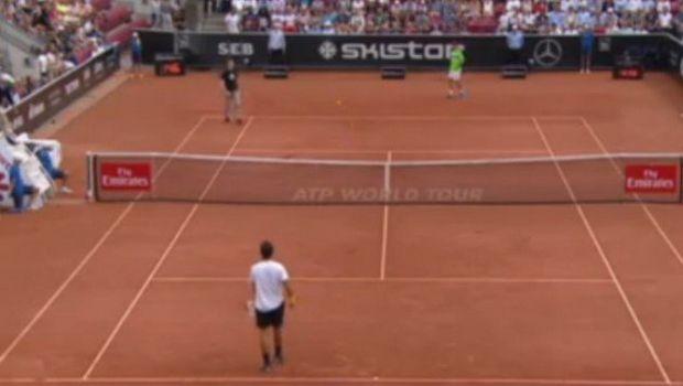 Ναζί διακόπτει αγώνα τένις και φωνάζει