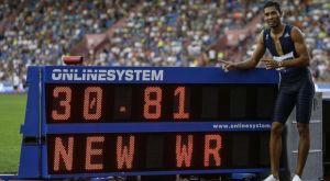 Φοβερό παγκόσμιο ρεκόρ από τον Γουέιντ Φαν Νίκερκ