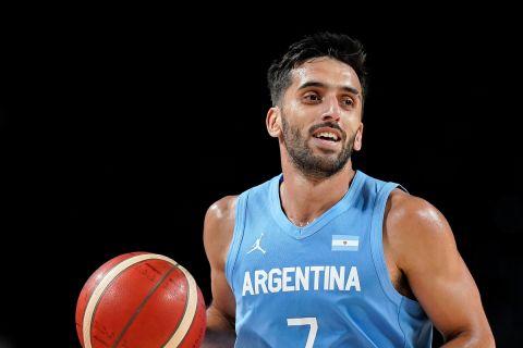 Ο Φακούντο Καμπάτσο στον αγώνα της Αργεντινής με την Ισπανία