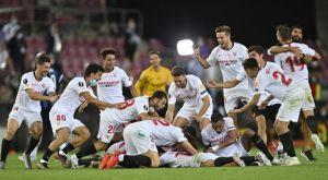 Σεβίλλη – Ίντερ 3-2: Κλάμα από Λοπετέγκι, σήκωσαν στα χέρια τον Μόντσι