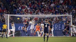 """FIFPro: """"Υπαρξιακή απειλή για το γυναικείο ποδόσφαιρο"""""""