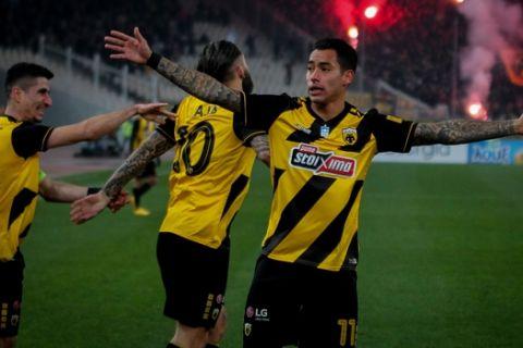 AEK: Έχει το μυαλό για δεύτερη θέση και Κύπελλο