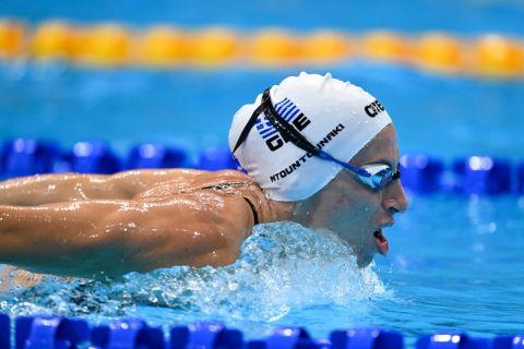 Η Άννα Ντουντουνάκη κατά την προσπάθειά της στους Ολυμπιακούς Αγώνες