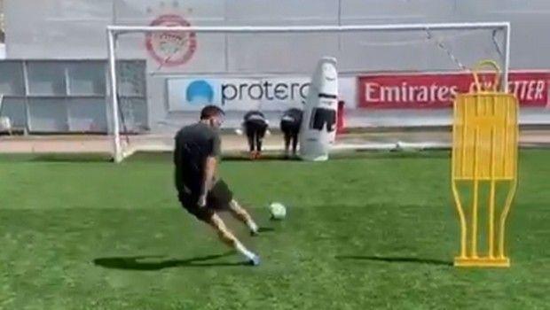 Ολυμπιακός: O Ελαμπντελαουί χτύπησε με τη μπάλα τον Χασάν