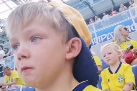 O Λιονέλ Μπεργκ έβαλε τα κλάματα βλέποντας τον πατέρα του!