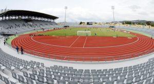Εκνευρισμός στον Ολυμπιακό για τον αγωνιστικό χώρο στο Παμπελοποννησιακό