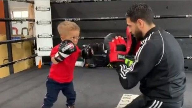 Quaden Bayles: Ο εννιάχρονος με νανισμό μαθαίνει μποξ κατά του μπούλινγκ