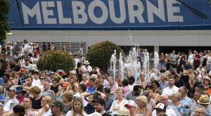 Australian Open: Απομάκρυναν Έλληνες φιλάθλους από το Melbourne Park