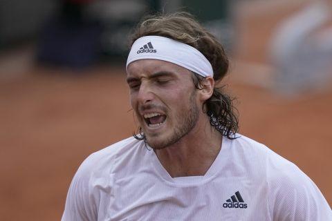 Ξέσπασμα του Στέφανου Τσιτσιπά κατά τη διάρκεια αγώνα του στο Roland Garros