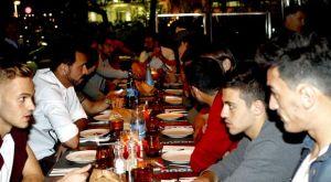 Όλη η ΑΕΚ σ' ένα τραπέζι
