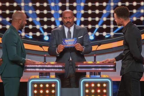Ο Curry νίκησε τον Paul και σε τηλεπαιχνίδι!