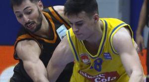 Ζώης Καράμπελας, ο 17χρονος που «συστήθηκε» στο ελληνικό μπάσκετ