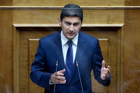 Ο Λευτέρης Αυγενάκης σε ομιλία του στη Βουλή για το νέο αθλητικό νομοσχέδιο