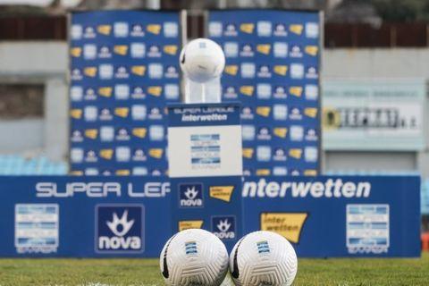 Οι μπάλες της Super League Interwetten