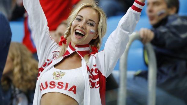 Εταιρία fast-food προσφέρει αμοιβή σε όποια Ρωσίδα μείνει έγκυος από ποδοσφαιριστή!