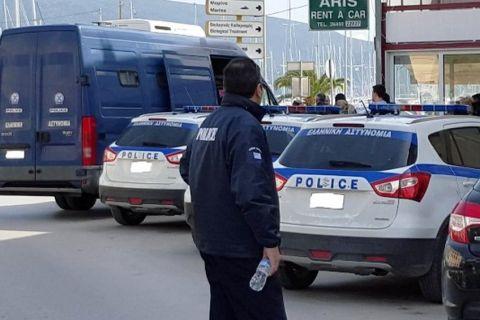 Στη Λευκάδα οι έξι συλληφθέντες
