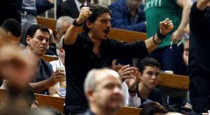 Oι εκρηκτικοί πανηγυρισμοί του Γιαννακόπουλου στην εξέδρα