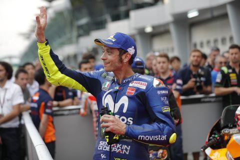 Ο Βαλεντίνο Ρόσι χαιρετάει τον κόσμο στο GP του Σεπάνγκ
