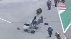 Τρομακτικό ατύχημα στο Μoto2