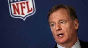 NFL: «Στέκεστε όρθιοι στον εθνικό ύμνο ή μένετε στα αποδυτήρια»