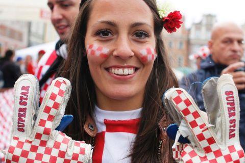 "Oι 50 ""καυτές"" φανς του Euro 2012!"