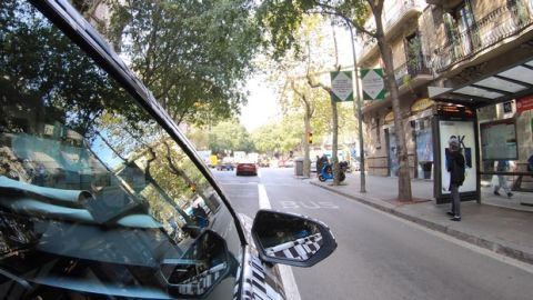 SEAT: Το αυτοκίνητο που επικοινωνεί με τα φανάρια