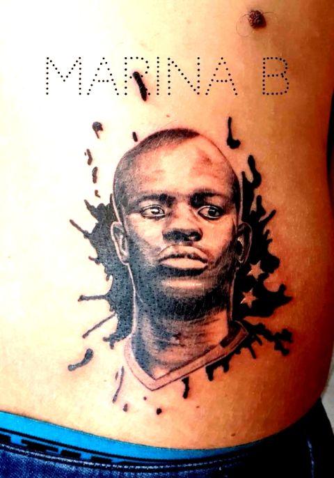 """""""Χτύπησε"""" τατουάζ τον Ενγκολό Καντέ στη μέση του"""