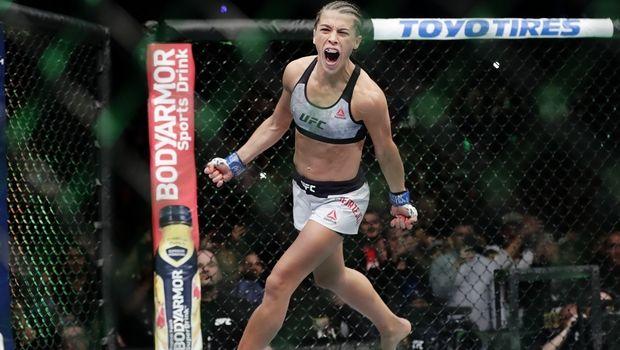 Το πρόσωπο της Jedrzejczyk μετά τον αγώνα της με την Weili σοκάρει