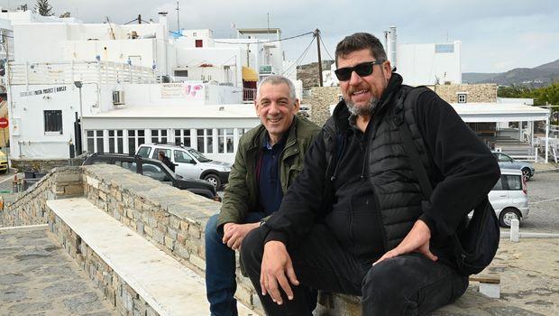 Ο Βασίλης Σκουντής και ο Φάνης Χριστοδούλου στην Πάρο στο πλαίσιο της συνέντευξης στο Sport24.gr