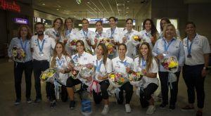 Έφτασε στην Αθήνα η Εθνική ομάδα πόλο των γυναικών (Photos + VIDEO)