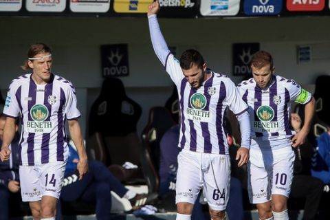 Ο Φατιόν πανηγυρίζει γκολ του Απόλλωνα απέναντι στον ΟΦΗ στο Ηράκλειο για την 11η αγωνιστική της Super League Interwetten.