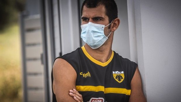 AEK: Τρίτη φορά τεστ κορονοϊού και ομαδική προπόνηση