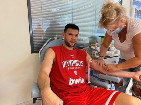 Ο Κώστας Παπανικολάου περνάει τα ιατρικά τεστ του Ολυμπιακού