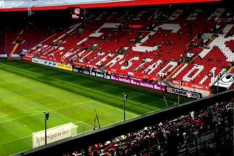 Στη πρεμιέρα της τρίτης κατηγορίας Γερμανίας 40.000 θεατές!