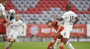 Μπάγερν – Άιντραχτ: Έφτασε τα 27 γκολ ο Λεβαντόβσκι γράφοντας το 3-0 για τους Βαυαρούς