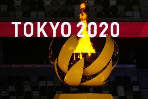 Η φλόγα στην τελετή έναρξης των Ολυμπιακών Αγώνων