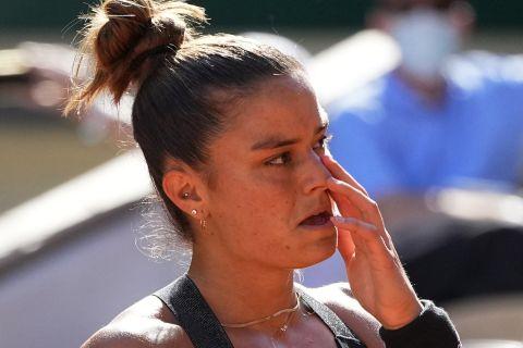 Maria Sakkari of Greece reacts as she plays Czech Republic's Barbora Krejcikova during their semifinal match of the French Open tennis tournament at the Roland Garros stadium Thursday, June 10, 2021 in Paris. (AP Photo/Michel Euler)