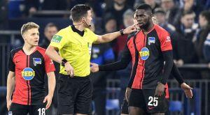 Ρατσιστική επίθεση δέχθηκε παίκτης της Χέρτα από οπαδούς της Σάλκε