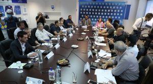 Super League: Τηλεδιάσκεψη την Δευτέρα για τηλεοπτικά και φιλάθλους